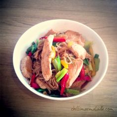 Hoisin ginger chicken with Shirataki noodles w vegetarian chicken of course Best Healthy Diet, Healthy Eating Habits, Healthy Recipes For Weight Loss, Good Healthy Recipes, Paleo Diet, Healthy Cooking, Diet Recipes, Chicken Recipes, Amazing Recipes