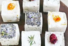 10 Bath Bomb Tutorials Perfect for Gift Giving