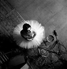 Robert Doisneau, catherine Vermeuil 1963 dance dance dance...