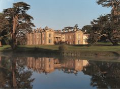 We've toured the British Isles to bring you 25 of Britain's best stately homes, including Blenheim Palace, Highclere Castle, Hatfield House and Longleat Rio Grande, Compton Verney, Hatfield House, Places Of Interest, Trip Advisor, Things To Do, Art Gallery, Mansions, Park