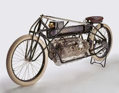 1907 Curtiss motorcycle. Glenn Curtiss built his own V8. Put it in a motorcycle he built. Set the All Out World Speed Record on it, himself ! Then put his motor in a plane he built and flew it. My personal hero.