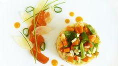 Riso al forno con carote e taccole in salsa di albicocche in agrodolce e cipollotti