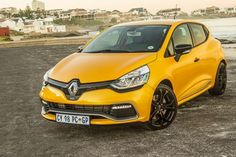 After first seeing the all-new Renault Clio RS 200 at the 2013 Johannesburg International Motor Show, I was eager to try out the next generation of RenaultSport madness. New Renault Clio, Edc 2014, Clio Rs, Drake, Vehicles, Sport, Cars, Deporte, Rolling Stock