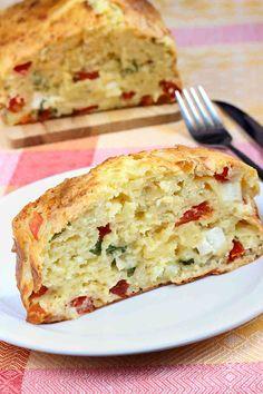 Queso Feta, Comida Keto, Un Cake, Queso Fresco, Quiche, Breakfast, Food, Chicken Crepes, Bread Recipes