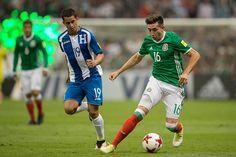 El Tri se midió en el estadio Azteca anteHonduraspor la quinta jornada del Hexagonal Final de la Concacaf. Los locales superaron con facilidad a la visita con tantos de Alanís, ...
