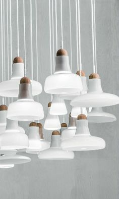 10 PENDANT LAMPS TO A VINTAGE HOTEL HALLWAY_see more inspiring articles at…