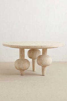 kalasha dining table  Leuchtend Grau - Interiorblog celebrating soft minimalism (www.leuchtend-grau.de)