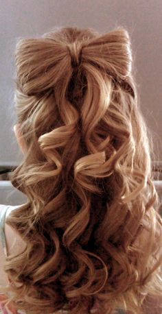 Love! So cool that there's a bow of hair!