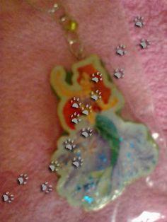 La sirenita  (para ver más ir al blog) #porcelanafria #llavero #colgante