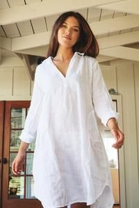 Lara – CP Shades The White Album, Collars, Cool Outfits, Cold Shoulder Dress, Tunic Tops, Keto, Neckline, Shades, Clothes
