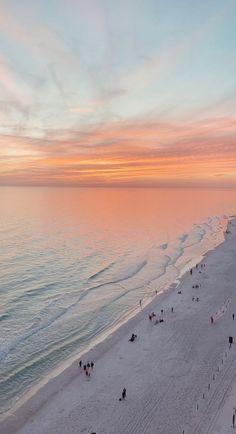 Strand Wallpaper, Ocean Wallpaper, Wallpaper Backgrounds, Beach Sunset Wallpaper, Aesthetic Backgrounds, Aesthetic Iphone Wallpaper, Aesthetic Wallpapers, Beach Aesthetic, Travel Aesthetic