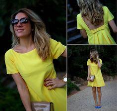 Lady in yellow Pretty White Dresses, Simple Dresses, Cute Dresses, Casual Dresses, Summer Dresses, Merian, Backless Mini Dress, Moda Chic, Vestido Casual