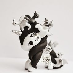Tokidoki unicorno art toy - dragons