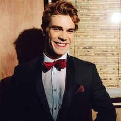 Phineas Samuel Calloway, Age 19, Caste 3, College Football Player and Veterinary Science Major (Debbie's childhood best friend and her boyfriend in grade school) {{Face Claim: KJ Apa}}