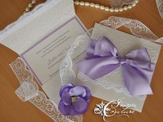 Handmade by Meda: Loukia's Lavender and Diamond Invitations (Invitatiile Loukiei in culorile diamantului si lavandei)