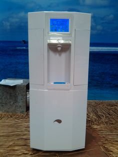 ECOLOBLUE - Pure Perfect Water Made Out of Thin Air - ecoSmart Bali