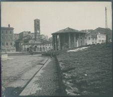 Italia, Roma. Tempio di Vesta, ca. 1905  vintage silver print. Italy.  Tirage…