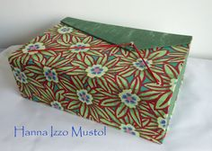 Cartonagem - Sewing box that can even be used for decoration, with two compartments to hold objects it is a great place to keep your sewing supplies and keep your tools organized.