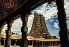 Grandiose Gopura of Meenashi Amman Temple, Madurai | http://www.Like the Ocean.com
