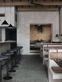 London restaurant Paradise is a slice of Sri Lankan serenity - The Spaces Restaurant Paradise, Restaurant Bad, Design Bar Restaurant, Restaurant Bathroom, Modern Restaurant, Zona Colonial, Concrete Interiors, Design Exterior, Cafe Design