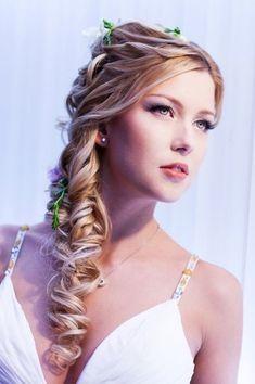 Peinados de novia: semirecogidos