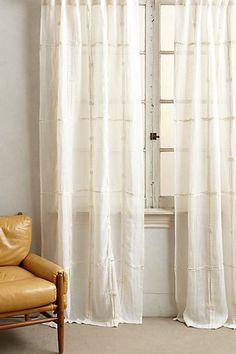 Moon Shadow Curtain - anthropologie.eu