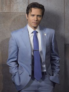 One of the nicest interviews I've gotten to do! I completely geeked out. Castle (TV show) Seamus Dever as Det. Seamus Dever, Castle Tv Series, Castle Tv Shows, Best Tv Shows, Favorite Tv Shows, Alexis Castle, Mothers Friend, Richard Castle, Castle Beckett