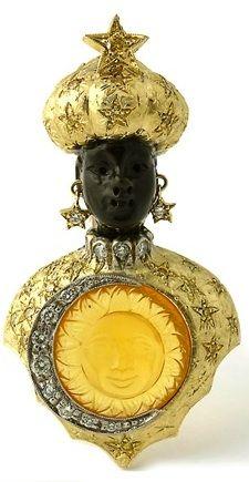 Ébano, oro amarillo, diamantes, y cristal tallado