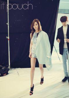 Nam Gyu Ri - it pouch April 2014   Beautiful Korean Artists