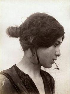 Inspiration : Wilhelm von Gloeden:  Young Girl, Taormina, Sicily c.1890