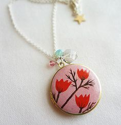Little Flowers Locket - Red.