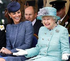 Love this photo! Kate and the Queen chatting during a visit to Nottingham