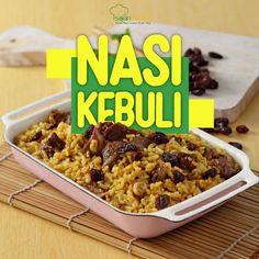 NASI KEBULI .  Buat sajian spesial akhir pekan dengan resep ini, yuk. Rasanya yang gurih dan lezat dari berbagai rempah, dijamin bikin… Nasi Goreng, Indonesian Food, Tummy Time, Quinoa, Risotto, Food And Drink, Cooking Recipes, Indian, Dishes