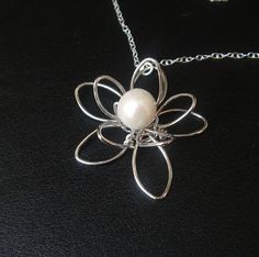 Wire Flower Pearl Necklace, Sterling Silver, Bridesmaid Jewelry, Bridesmaid Gifts, Birthday Gift, Wedding Jewelry, Bridesmaid Necklace