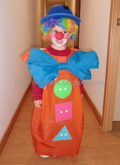 Clown Costume Diy, Great Halloween Costumes, Easy Diy Costumes, Halloween Diy, Circus Activities, Circus Crafts, Carnival Booths, Kids Carnival, Circus Theme Classroom