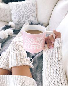 Cable Knit Diamond Thigh-High Socks - The Urban Doll todo sobre estudio Oberschenkelhohe Socken aus Thigh High Socks, Thigh Highs, Coffee Love, Coffee Cups, Coffee Art, Coffee Break, Sweet Coffee, Iced Coffee, Feed Black
