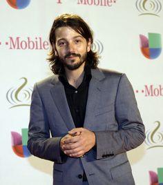 Premio lo nuestro February 24, 2014 | ... Premio Lo Nuestro Latin Music Awards in Miami, Thursday, Feb. 20, 2014 Diego Luna a very talented Mexican actor.