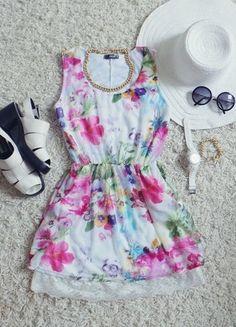 Kup mój przedmiot na #vintedpl http://www.vinted.pl/damska-odziez/krotkie-sukienki/9808283-lekka-zwiewna-sukienka-w-kwiaty