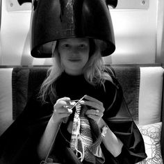 Did you know that actress Katherine Heigl knits? http://on.fb.me/1GMfCvC #knit #knitting Go @KatieHeigl!!