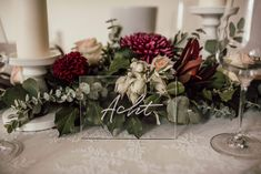 bedruckte 5mm oder 10mm glasklar Acrylplatten • bedruckbar partiell Weiß oder vierfarbenDruck! www.herzdruck.at • hello@herzdruck.at  FOTO: SOPHIE HÄUSLER PHOTOGRAPHY Table Decorations, Plants, Wedding, Furniture, Home Decor, Instagram, Paper Mill, Fiction, In Love