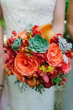 Comfort Studio; Coral Ombre Costa Rica Wedding at Cala Luna from Comfort Studio - bridal bouquet