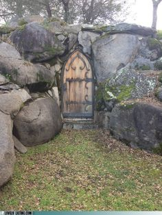 Door in the Rock, Portuga - coolest entrance to an underground house/shelter. Cool Doors, Unique Doors, Portal, Porches, Real Estate Humor, Root Cellar, Wine Cellar, Closed Doors, Door Knockers
