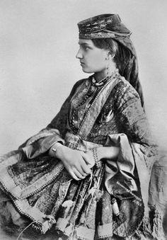 """Azerbaijani woman from Baku."" (Baku, Azerbaijan, 1897) Photographer: F. Orden"