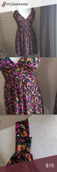 Wet Seal halter bubble skirt floral dress Super cute spring dress, gently used condition Wet Seal Dresses