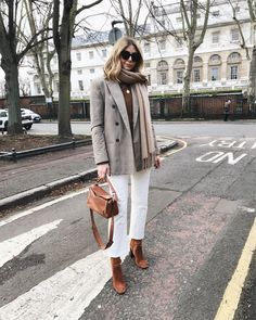 Likes, 234 Comments - Emma Hill Trendy Outfits, Winter Outfits, Fashion Outfits, Cold Weather Fashion, Lookbook, Mode Inspiration, Winter Looks, Everyday Outfits, Casual Chic