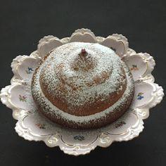 Die Bienenkönigin: Die Henkersmahlzeit  Sweetened condensed milk cake