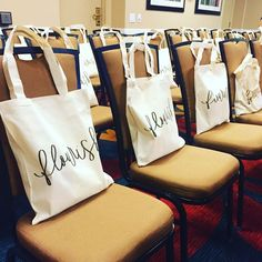 Sponsored by PCB Home, Southern FireFly Candle Co., Emily Can Letter, and Arise Ministry Journals! Source by ilikelamps Bags 2020 Goodie Bags, Gift Bags, Christian Conferences, Womens Ministry Events, Marriage Conference, Church Events, Marc Jacobs Handbag, Swag Bags, Event Decor
