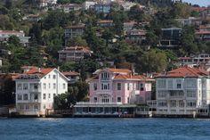 Houses on Bosphorus, Istanbul | by Atila Yumuşakkaya