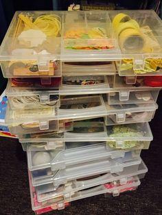 embellishments sorted by color! www.martinerijnbeek.blogspot.com