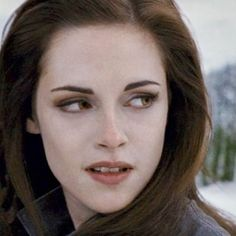 Twilight Saga Series, Twilight Cast, Twilight Breaking Dawn, Twilight Series, Twilight Stars, Vampire Makeup Tutorial, Bella Cullen, Edward Bella, Belle
